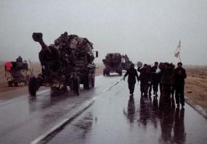 Іракські військові здаються військам коаліції.