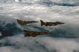 парк ВВС Эквадора в одной фото: «Ягуар», «Кфир» и «Мираж» F.1