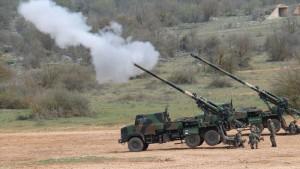 З літа 2009 8 САУ CAESAR французької армії були перекинуті до Афганістану, де базувалися на базах Tora, Tagab та Nijrab.