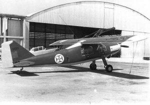 Легкие транспортные самолеты «Дорнье» Do.27 широко использовались португальцами в ходе войны в колониях также как и «ганшипы».