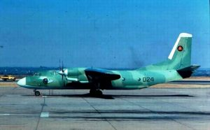 Советские Ан-26 сыграли немалую роль в снабжении отдаленных гарнизонов по всей стране. Причем очень часто экипажи были прикомандированные советские специалисты.